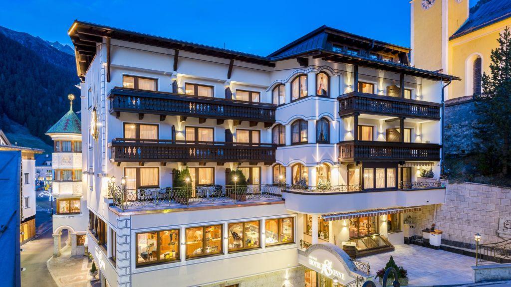 Hotel Sonne superior Ischgl Exterior view - Hotel_Sonne_superior-Ischgl-Exterior_view-2-683218.jpg