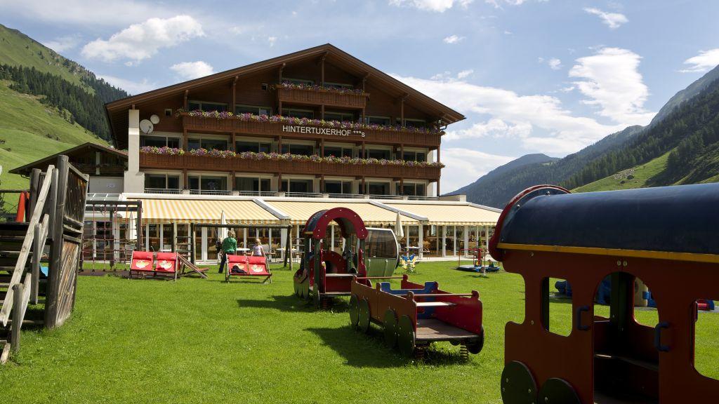 Hintertuxerhof Kinder Gletscherhotel Tux Aussenansicht - Hintertuxerhof_Kinder-_Gletscherhotel-Tux-Aussenansicht-6-684015.jpg