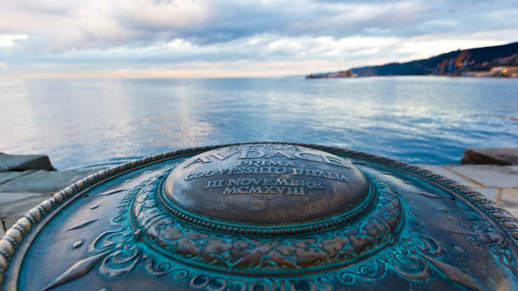 Best Le Terrazze Trieste Contemporary - Modern Home Design ...