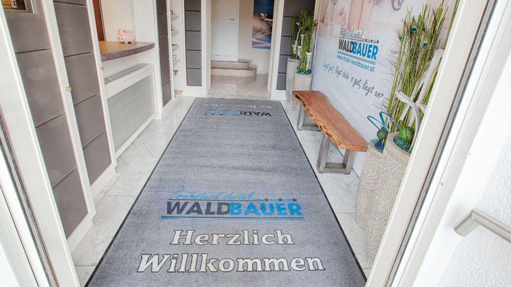 Fruehstueckshotel Waldbauer Bad Schallerbach Empfang - Fruehstueckshotel_Waldbauer-Bad_Schallerbach-Empfang-686691.jpg