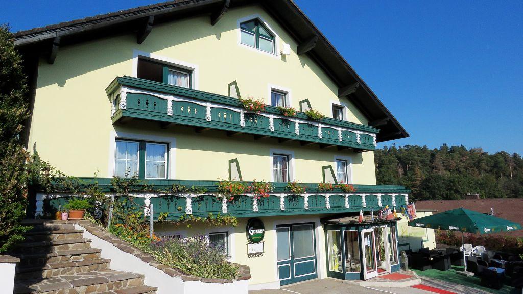Hotel Residenz Hoessinger Neidling Aussenansicht - Hotel_Residenz_Hoessinger-Neidling-Aussenansicht-694227.jpg