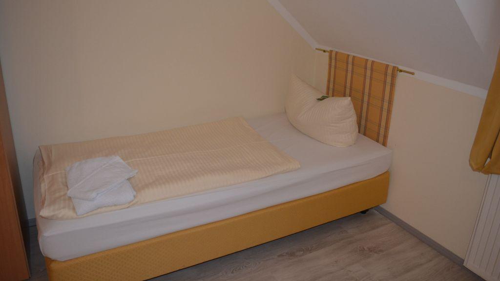 Grüner Hof Freising grüner hof freising 3 guesthouse tiscover en
