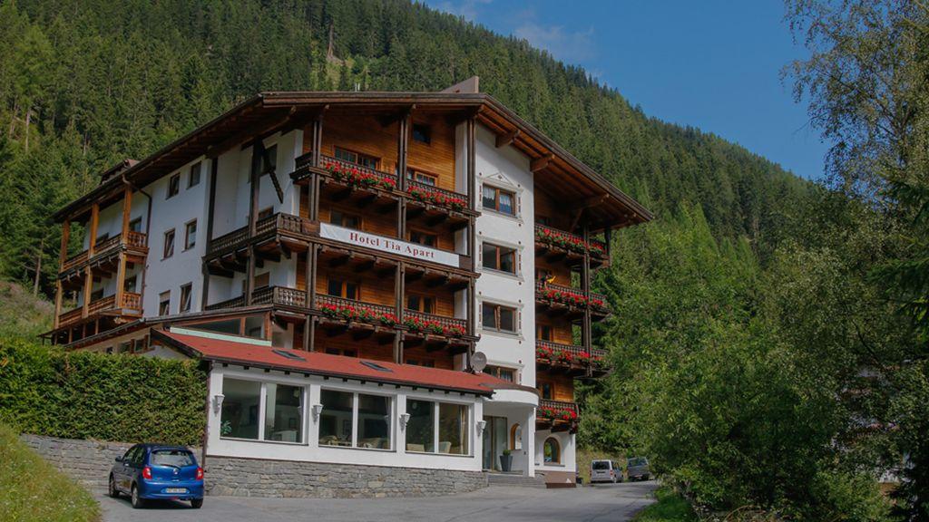 Hotel Tia Apart Kaunertal Exterior view - Hotel_Tia_Apart-Kaunertal-Exterior_view-5-700569.jpg