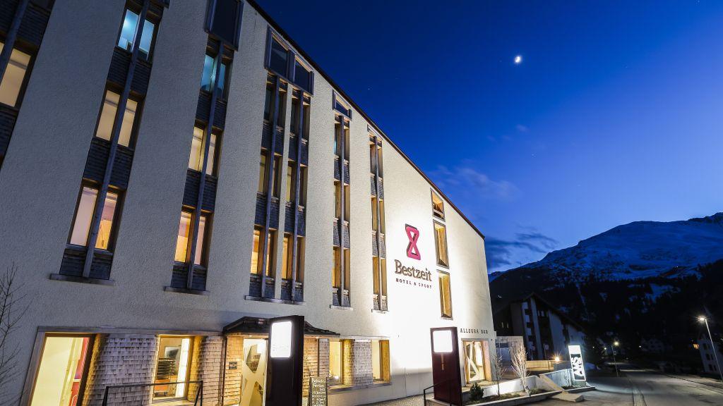 Bestzeit Lifestyle Sportsuperior Hotel Parpan Churwalden Exterior view - Bestzeit_Lifestyle_Sportsuperior_Hotel-Parpan_Churwalden-Exterior_view-3-764957.jpg