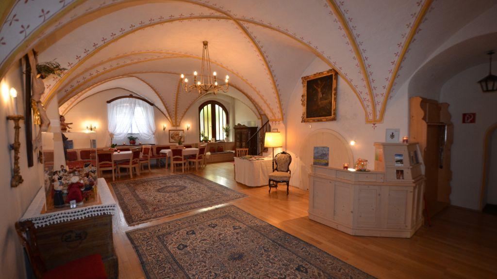 Gaestehaus im Pfarrhof Bad Hofgastein Interior view - Gaestehaus_im_Pfarrhof-Bad_Hofgastein-Interior_view-775398.jpg