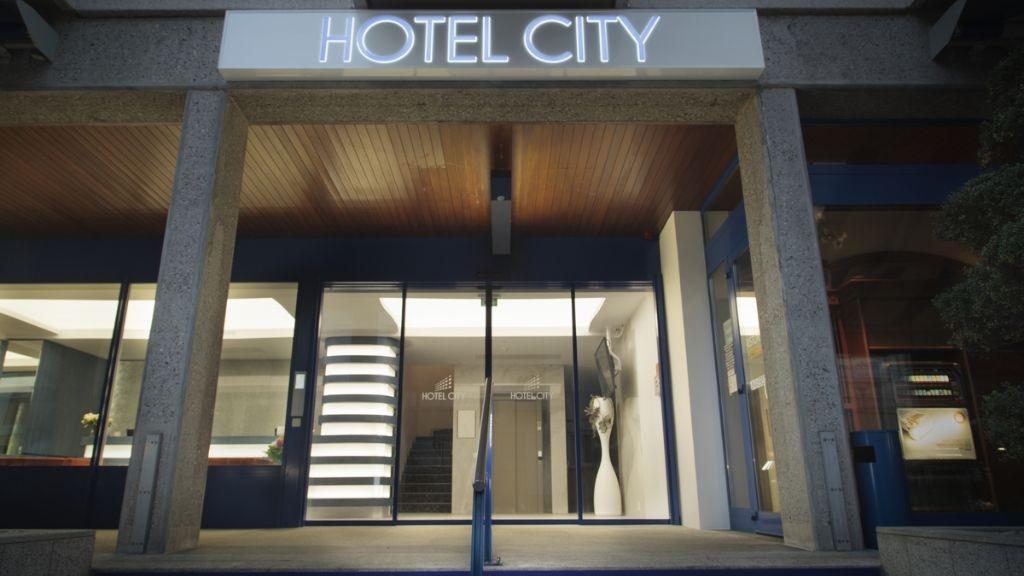 Hotel City Locarno Design Hospitality Locarno Hotel outdoor area - Hotel_City_Locarno_Design_Hospitality-Locarno-Hotel_outdoor_area-824032.jpg
