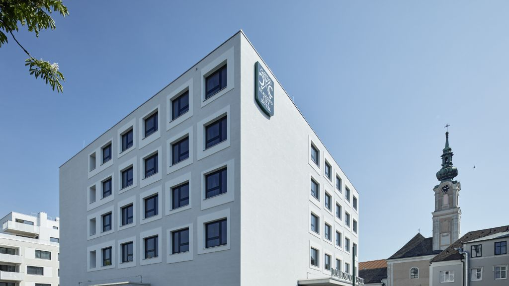 Diamond City Hotel Tulln Tulln an der Donau Exterior view - Diamond_City_Hotel_Tulln-Tulln_an_der_Donau-Exterior_view-5-872545.jpg