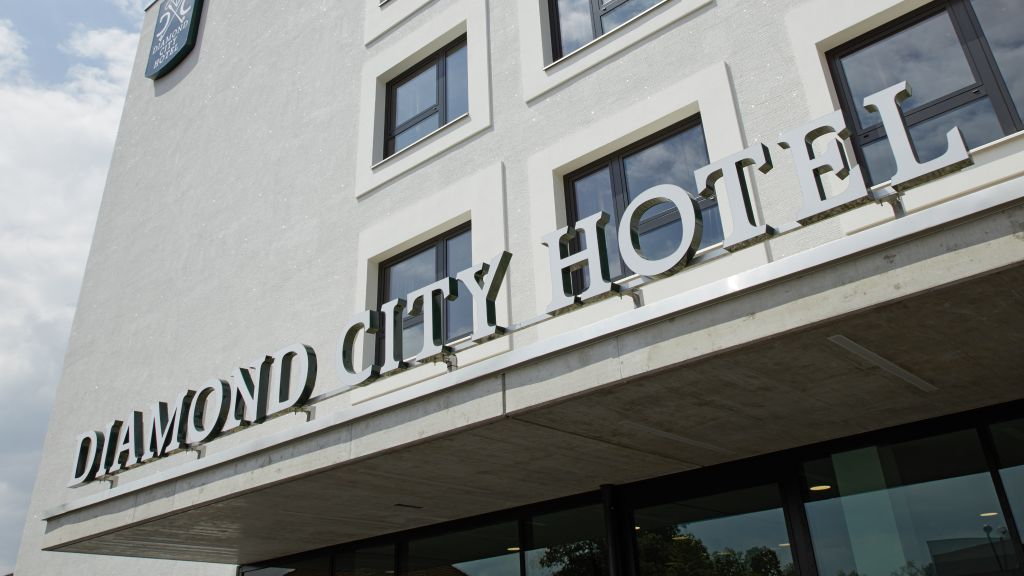 Diamond City Hotel Tulln Tulln an der Donau Exterior view - Diamond_City_Hotel_Tulln-Tulln_an_der_Donau-Exterior_view-5-872545.jpg