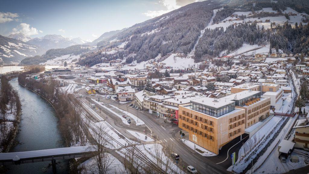 Explorer Hotel Zillertal Kaltenbach Aussenansicht - Explorer_Hotel_Zillertal-Kaltenbach-Aussenansicht-1-878802.jpg