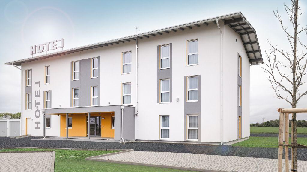 Hotel Tullnerfeld Langenrohr Exterior view - Hotel_Tullnerfeld-Langenrohr-Exterior_view-1-879059.jpg