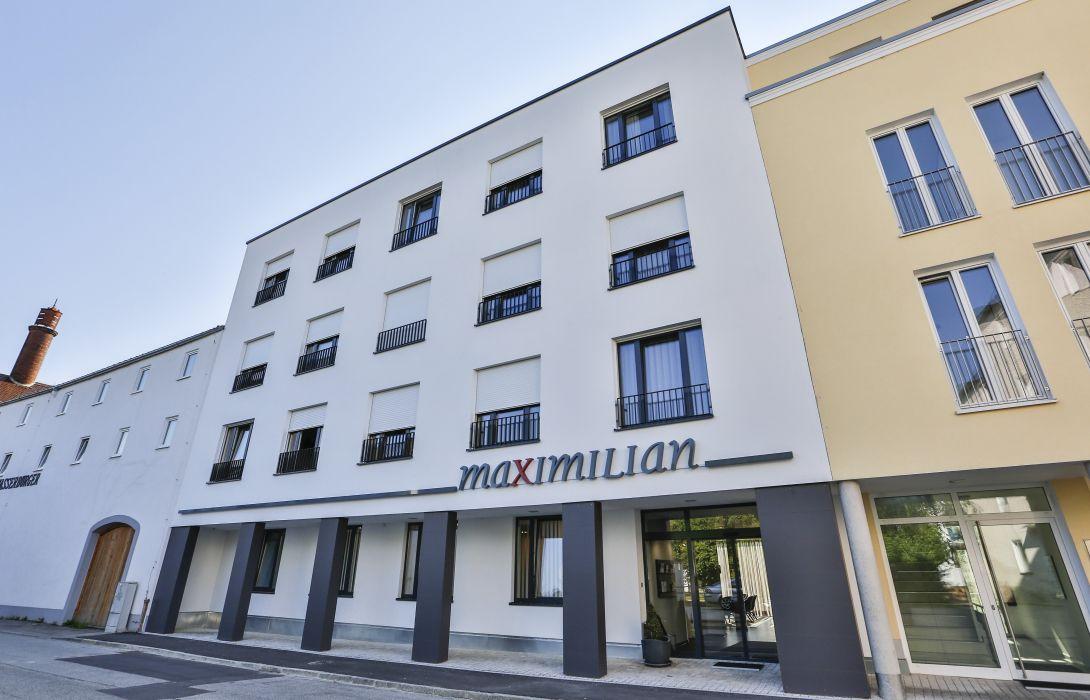 Hotel Maximilian In Dingolfing Hotel De