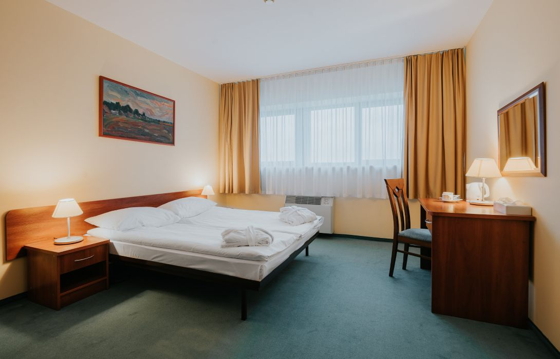 Sangate Hotel Airport Warsaw Great Prices At Hotel Info