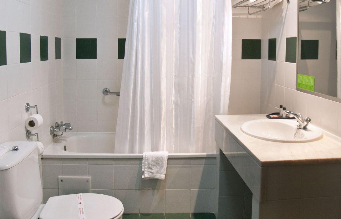 Cuartos De Bano Madrid.Hotel Hotel 3k Madrid En Lisboa Hotel De