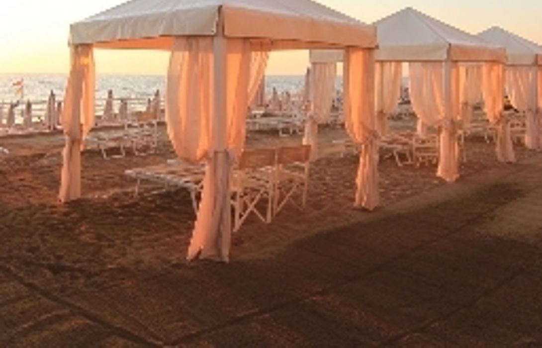 Hotel Sabbia D Oro San Vincenzo Great Prices At Hotel Info