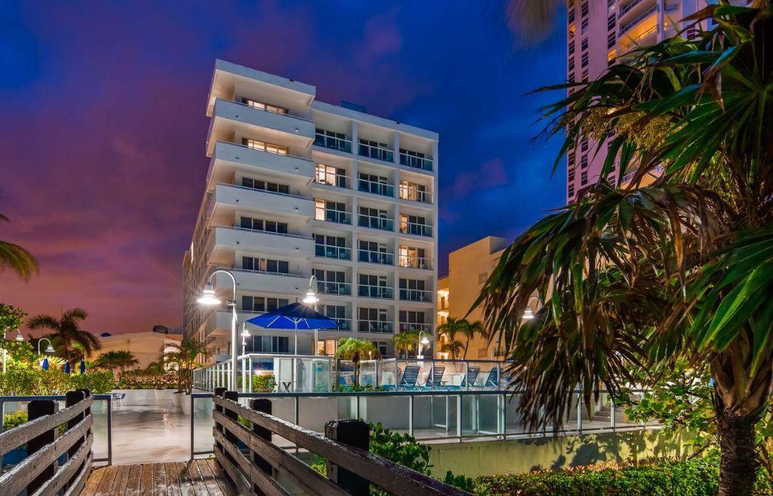 Hotel Bw Plus Atlantic Beach Resort