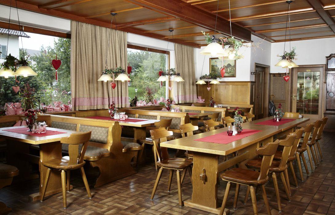 Hotel Gasthof Hohenrain In Feldkirchen Westerham Ast Great Prices At Hotel Info