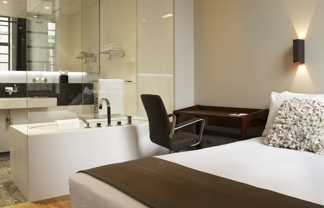 Town Hall Hotel & Apartments - London – Great prices at ...
