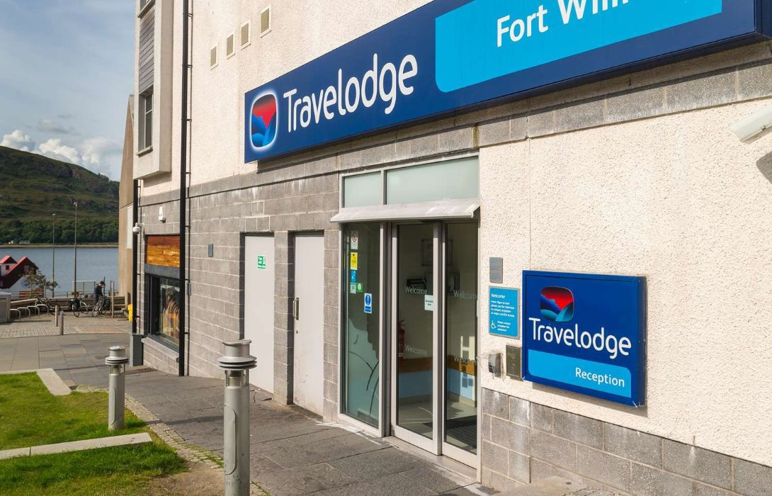 Hotel Travelodge Fort William Great Prices At Hotel Info