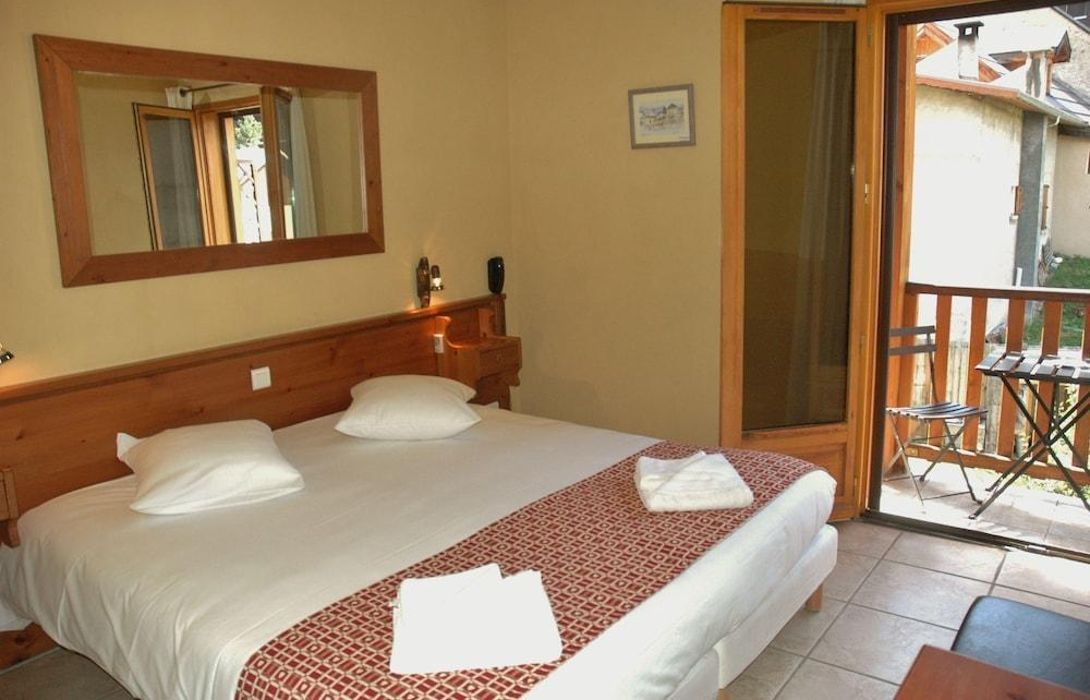 Hotel Mont Thabor La Salle Les Alpes Great Prices At Hotel Info