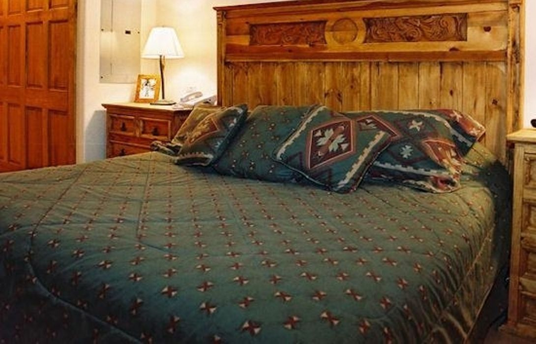Hotel TIMBERLINE LODGE AT TRAPPEURS CROSSING R in ...