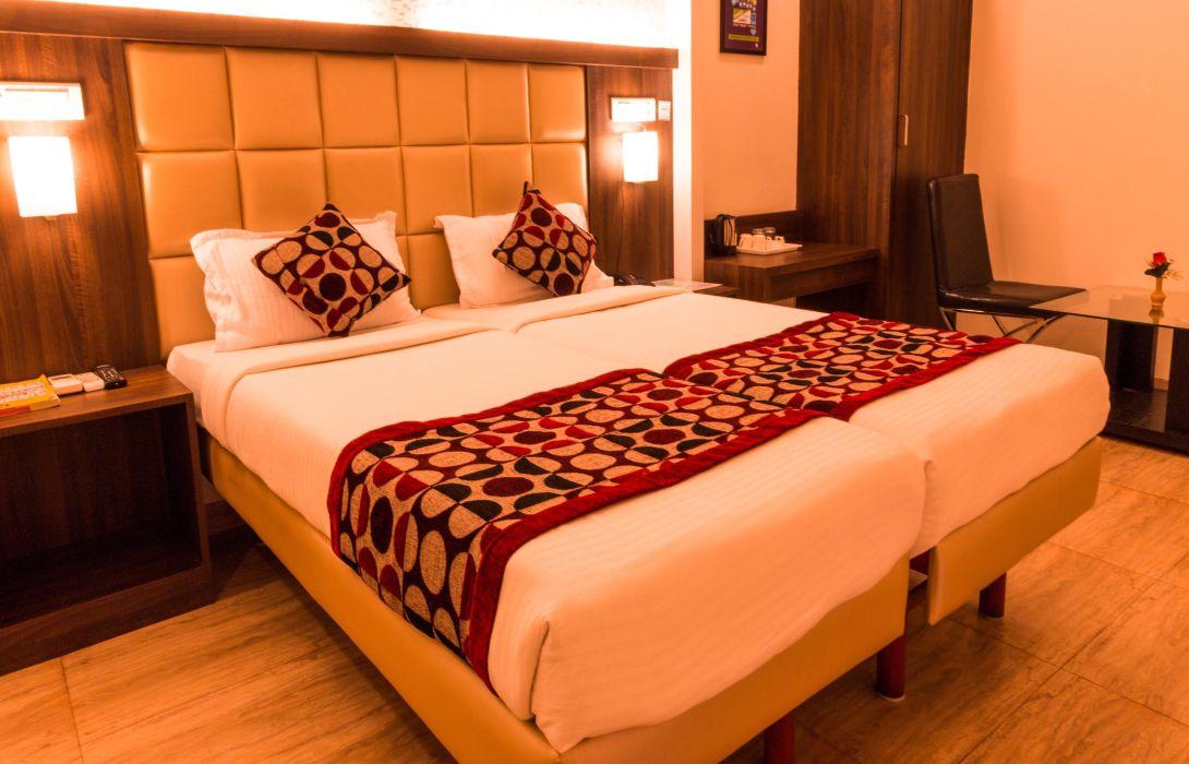 Hotel OYO Premium Navi Mumbai Belapur – Great prices at
