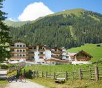 Buitenaanzicht Adler Inn Tyrol Mountain Resort