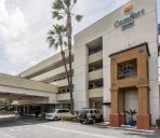Außenansicht Quality Inn and Suites Los Angeles Airpo
