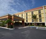 Vista exterior Comfort Inn and Suites Clearwater Pinell