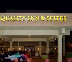 Außenansicht Quality Inn and Suites St. Petersburg -