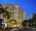 Außenansicht Hampton Inn - Suites - Miami-Airport South-Blue Lagoon