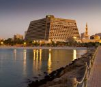 Buitenaanzicht RADISSON BLU RESORT SHARJAH