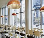 Restaurant Marriott Executive Apartments London Canary Wharf