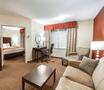 Suite Holiday Inn Express & Suites BUFFALO DOWNTOWN - MEDICAL CTR