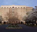 Vue extérieure Embassy Suites by Hilton Greenville Golf Resort - Conf Ctr