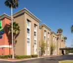 Exterior view Holiday Inn Express & Suites ORLANDO INTERNATIONAL AIRPORT