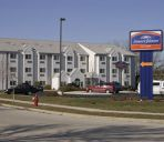 Buitenaanzicht Howard Johnson Inn and Suites Elk Grove Village O'Hare