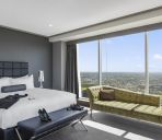 Zimmer Meriton Suites World Tower