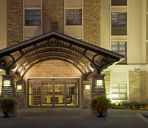 Vista exterior Staybridge Suites OAKVILLE-BURLINGTON
