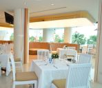 Restaurant A-One Pattaya Beach Resort