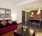 Suite MOVENPICK HOTEL APARTMENTS AL MAMZAR DUB