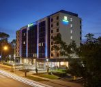 Außenansicht Holiday Inn Express SYDNEY MACQUARIE PARK