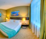 Suite Reston Hotel&Spa