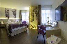 Cascada Boutique Hotel Lucenre - Sitzerland's Essence