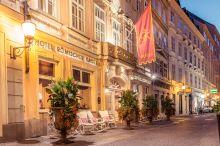 Römischer Kaiser Schlosshotel Vienna