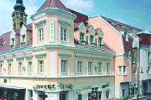 Familie HOPFELD - Hotel DREIKÖNIGSHOF Stockerau