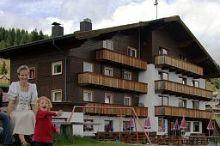 Almgasthof Fichtenheim 1.800m Seehöhe Berg im Drautal