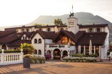 Schloss-Hotel Swiss-Chalet Merlischachen