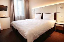 b_smart motel Basel Basel