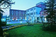 Villa Malaspina Castel D'Azzano