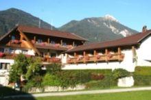 Aktiv Hotel Karnia Nassfeld - Hermagor - Pressegger See